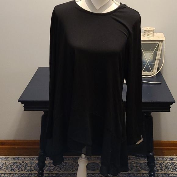 Logo Lounge sz large black tunic shirt